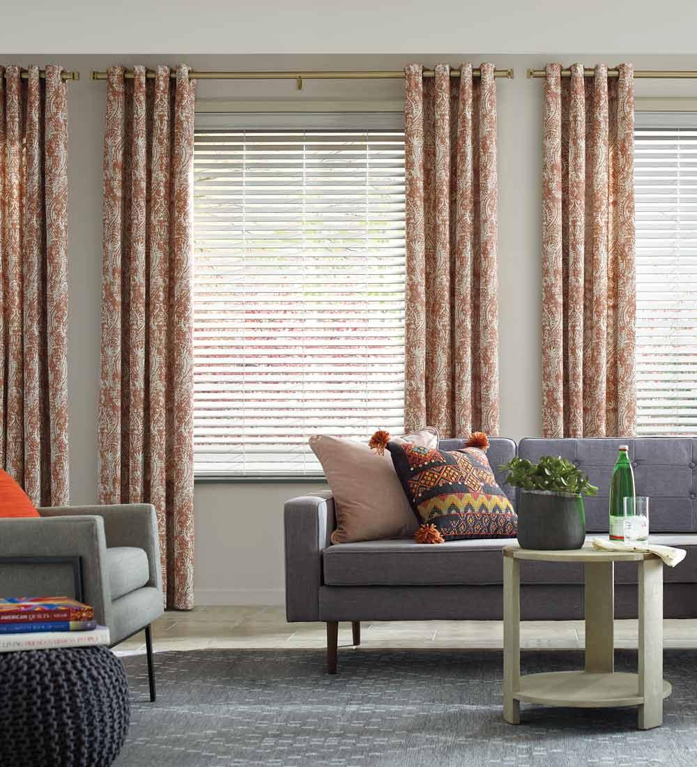 Livingroom drapes
